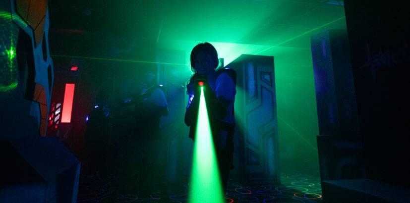 surge_entertainment_center_laser_tag